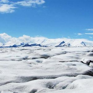 glacier walk iceland hali 2