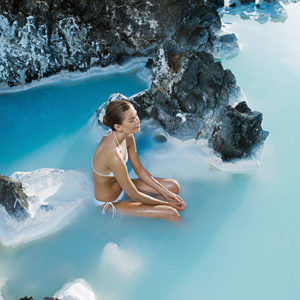 blue-lagoon-from-airport-transfer-iceland-2