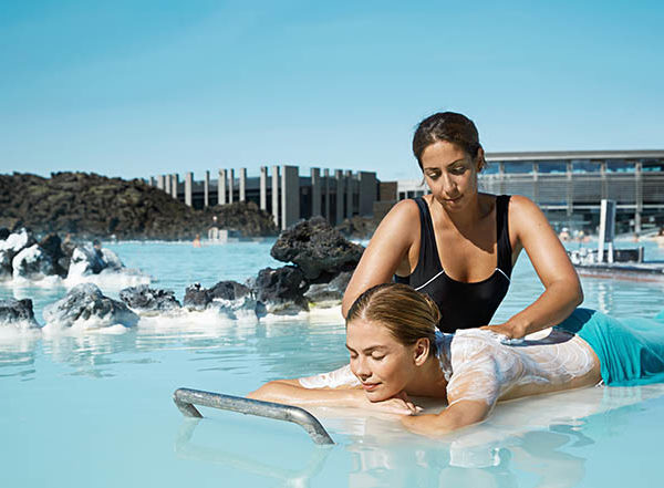 blue-lagoon-from-airport-transfer-iceland-5