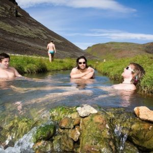 2000x1333_hiking_hot_spring_hunt_gallery_4_emagnusson-1024x682