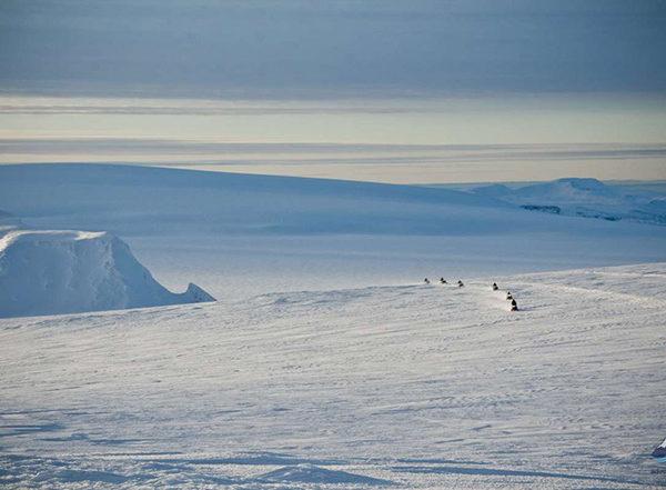Snowmobiling-tour-langjokull-glacier-iceland-1-1200x800