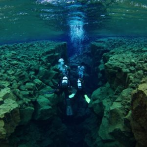Diving silfra iceland 2