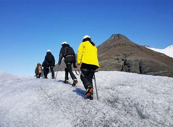 glacier walk iceland hali 3