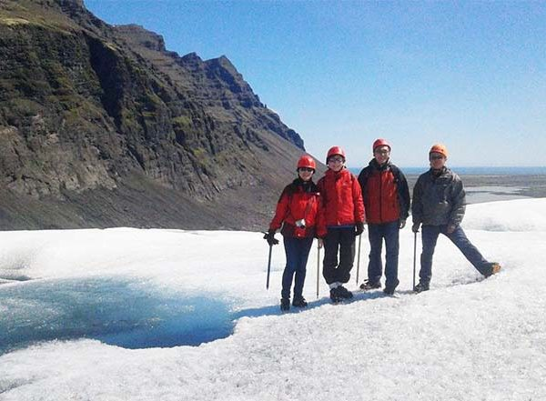 glacier walk iceland hali 4