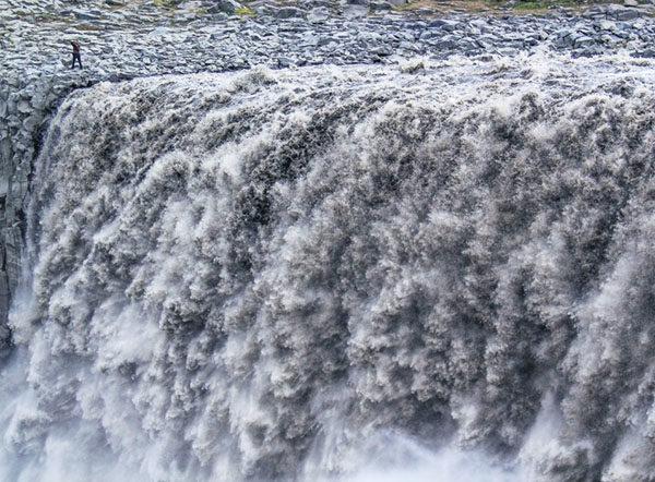 waterfall-super-jeep2