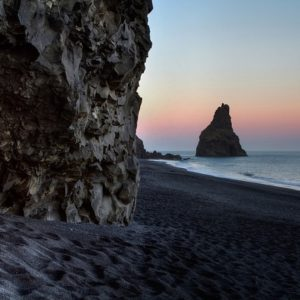 reynisdrangur cave-L