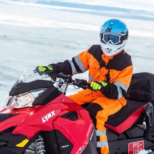Snowmobiling-tour-Langjokull-glacier-Iceland41-1200x800