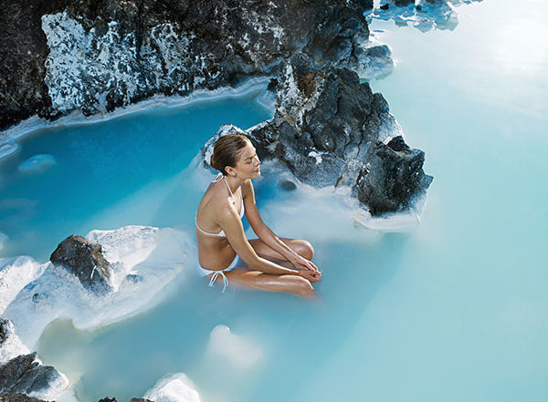 blue-lagoon-from-airport-transfer-iceland-2-600x441